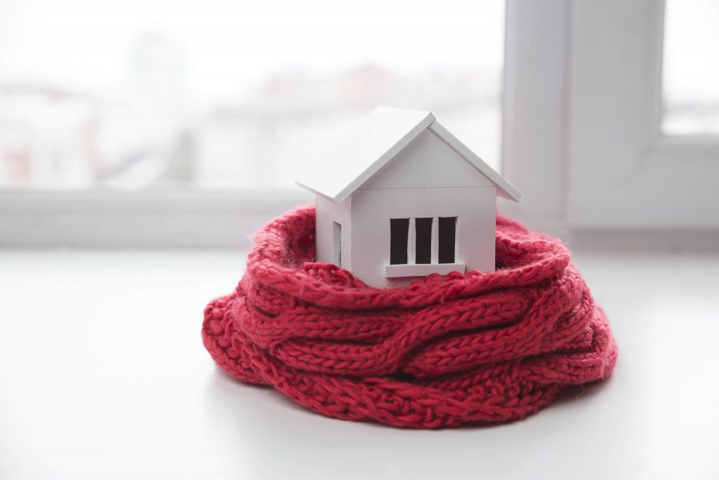 10 Free Ways to Save Money on Winter Heating Bills